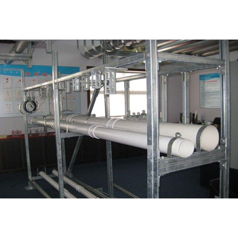 系统包括: 1,绝缘减震管束,卡夹; 2,装配支吊架; 3,钢结构厂房:夹具