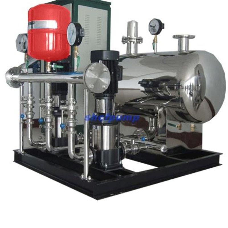 系统压力信号由远传压力表反馈给变频控制器,水泵运行,并根据月水量的